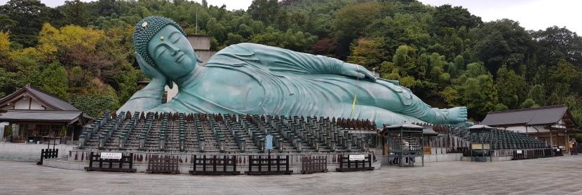 Entreating the Buddha toremain